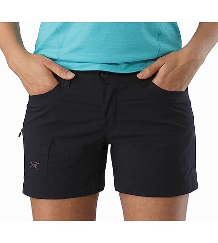 Parapet Short Women's Black Hand Pockets
