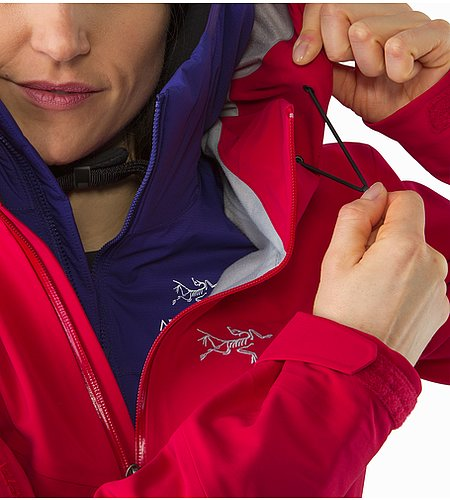 Ravenna Jacket Women's Radicchio Hood Adjuster