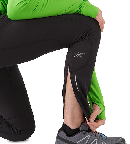 Stride Tight Black Lower Leg Zipper Open