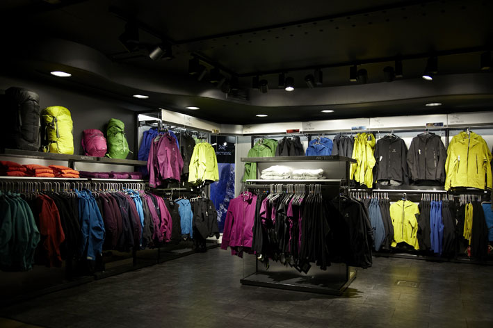 arcteryx outlet store location